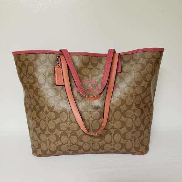 Coach Handbags - Coach Signature Leather Tote
